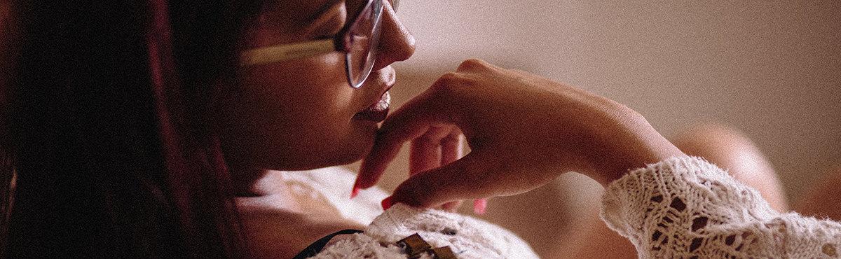 Imagem capa - As 10 melhores dicas para um ensaio sensual/boudoir por Entretons Fotografia