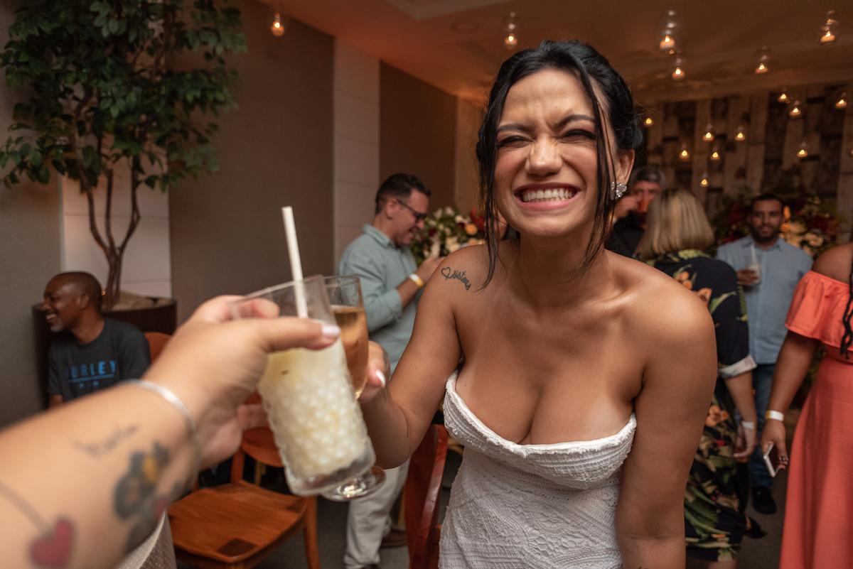 Imagem capa - O que ninguém te conta sobre a escolha das bebidas do seu casamento! por Palloma Campello