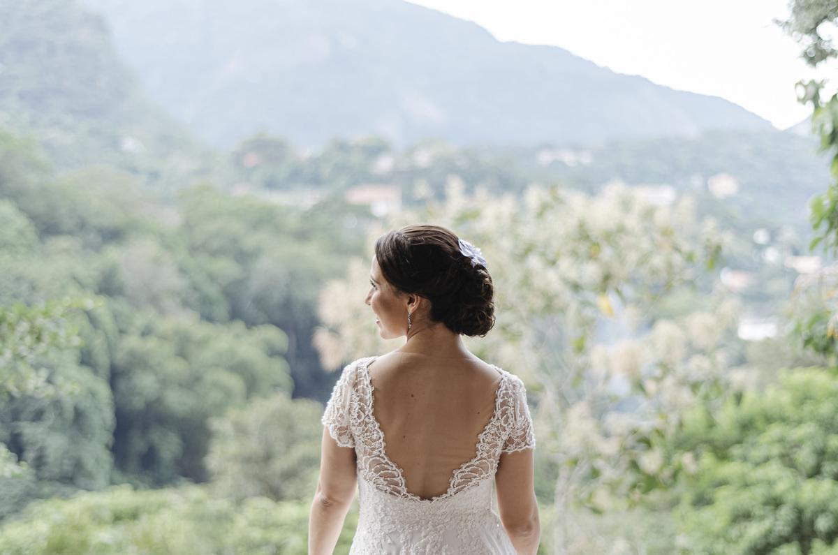 Imagem capa - Seu vestido de casamento combina com o seu penteado de noiva? por Palloma Campello