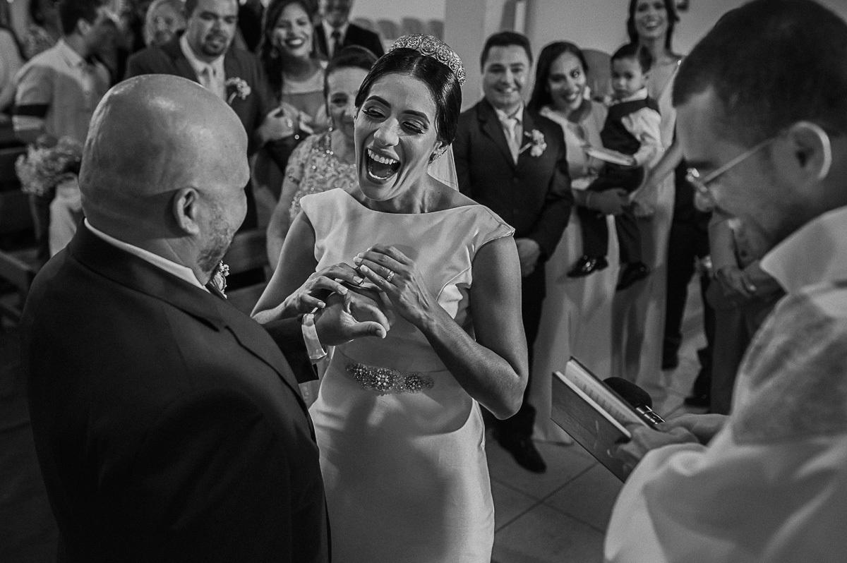 Imagem capa - Como devo escolher o fotógrafo do meu casamento? por Sandro Ferreira