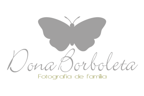 Logotipo de Monica Carolina