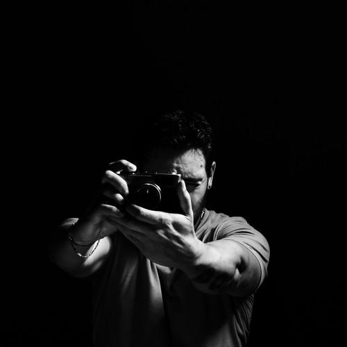 Contate DANIEL SANTOS | Fotógrafo apaixonado por retrato, moda, casamento e publicidade - Guaratinguetá/SP