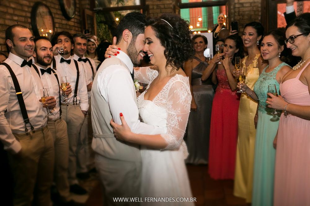 Imagem capa - Você sabe o que fica depois do dia mais importante da sua vida? A fotografia do seu casamento! por Well Fernandes
