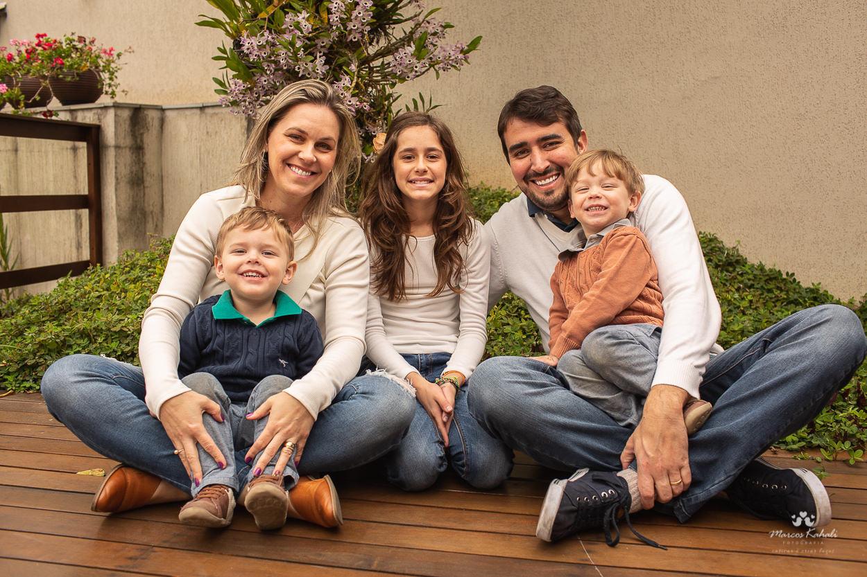 Contate Marcos Kahali - Fotógrafo de pessoas Curitiba - PR