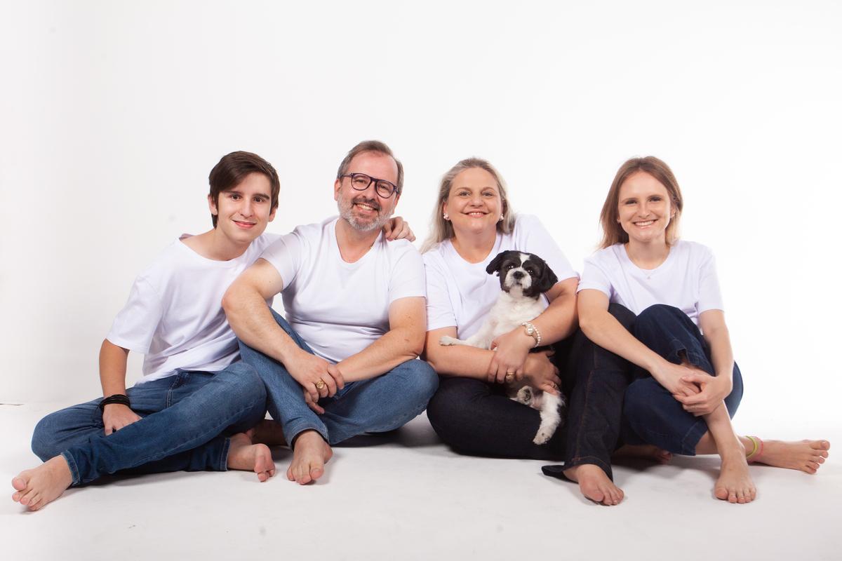 Imagem capa - Ensaio fotográfico de família: por que fazer com a sua? por Rodrigo Parucker