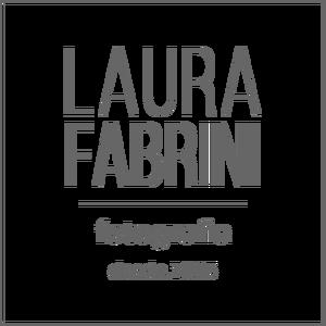 Logotipo de Laura Fabrini - Fotografia