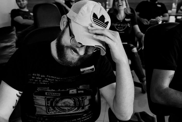 Sobre Paulo Ternoski | Fotógrafo de Casamento | Prudentópolis | Paraná | Fotos Espontâneas