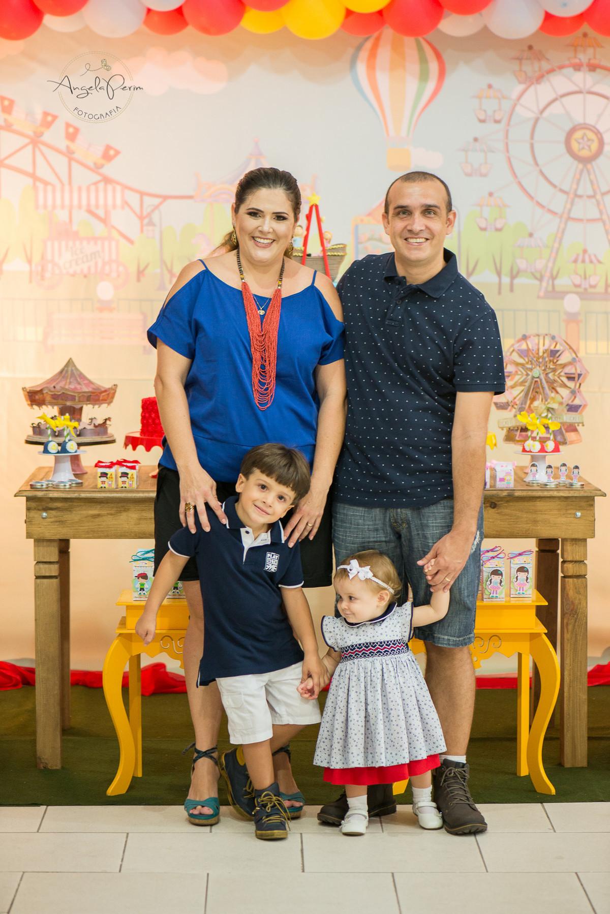 Aniversário 1 aninho Maria Alice e 4 anos Miguel - família linda