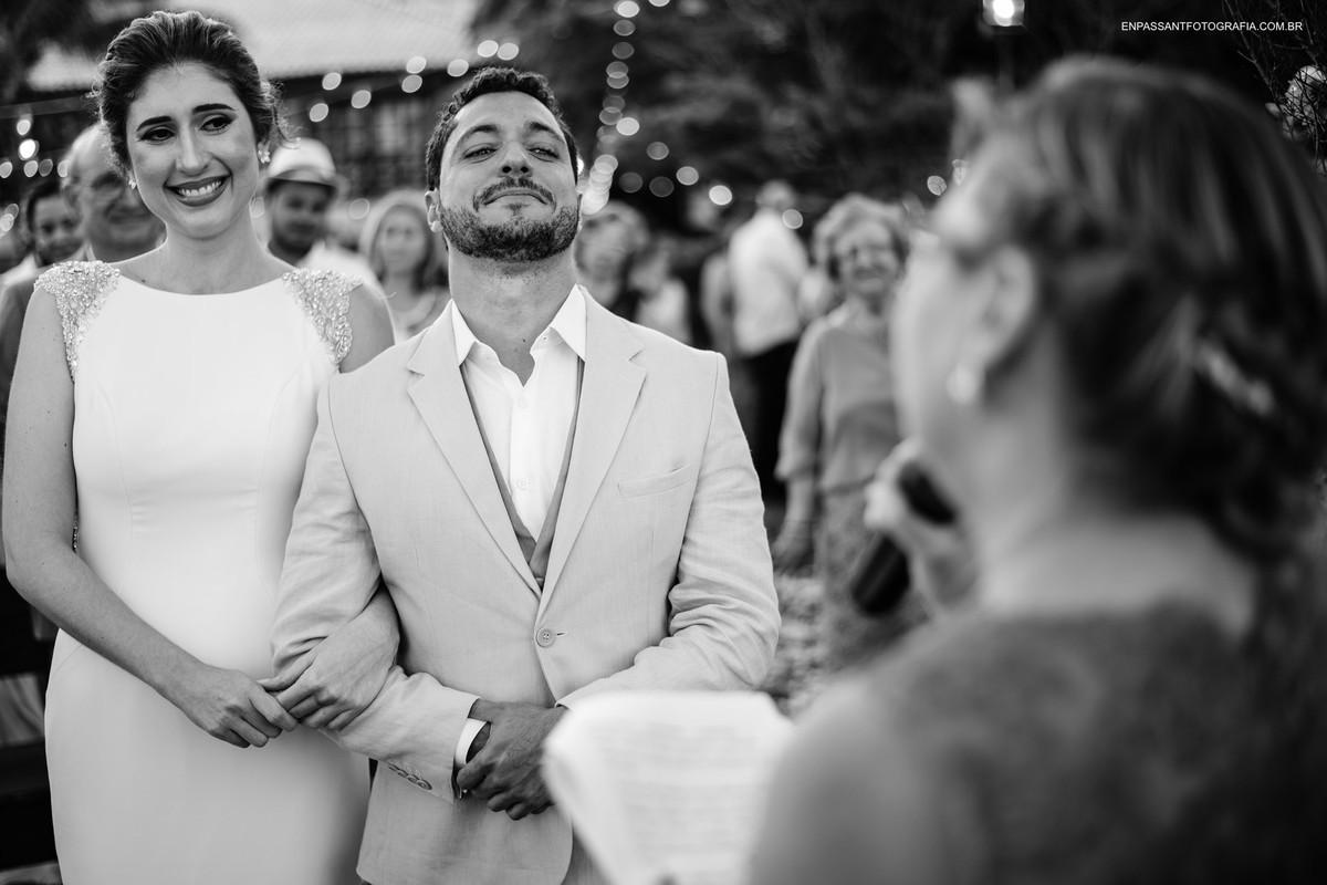 noivo chora durante cerimônia