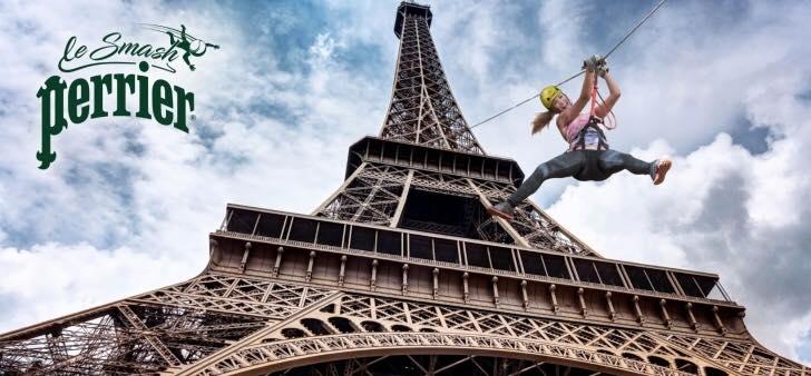 Imagem capa - tirolesa na Torre Eiffel por Diego  Cogo