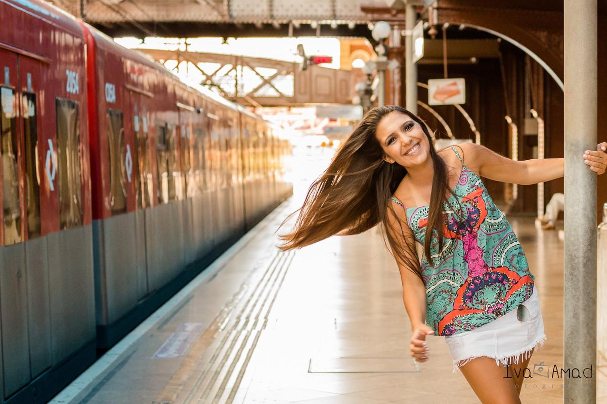 bc31ff5c0 Debutante - Giovanna 15 Anos - Beco do Batman- Estação da Luz - Av.Paulista  - SP