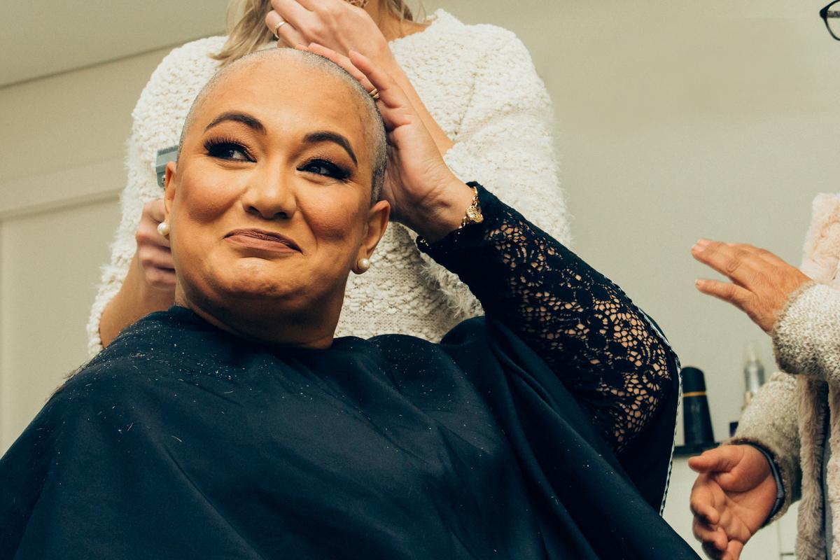 câncer de mama, superação, corte de cabelo, débora vassoler, anelise piccini, fotógrafo, fotógrafa, passo fundo, família, mãe,
