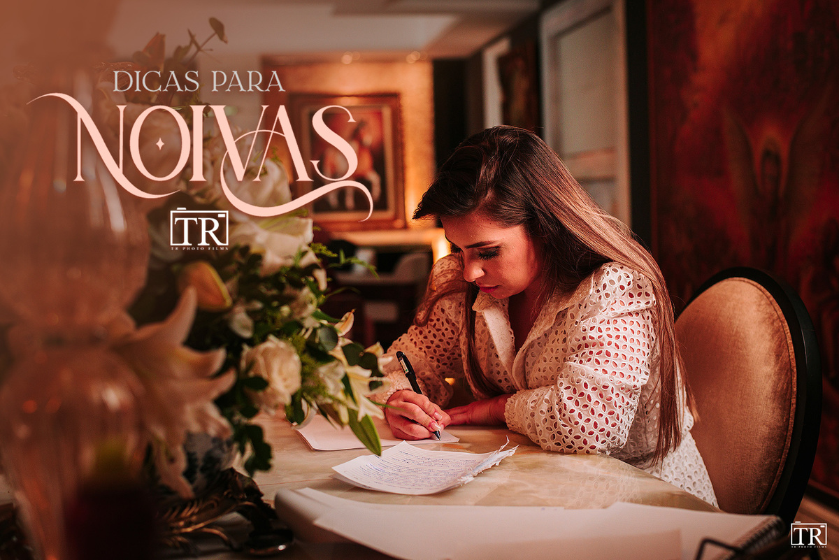 Imagem capa - 10 coisas que você deve fazer na hora de escrever seus votos de casamento por TR PHOTO FILMS
