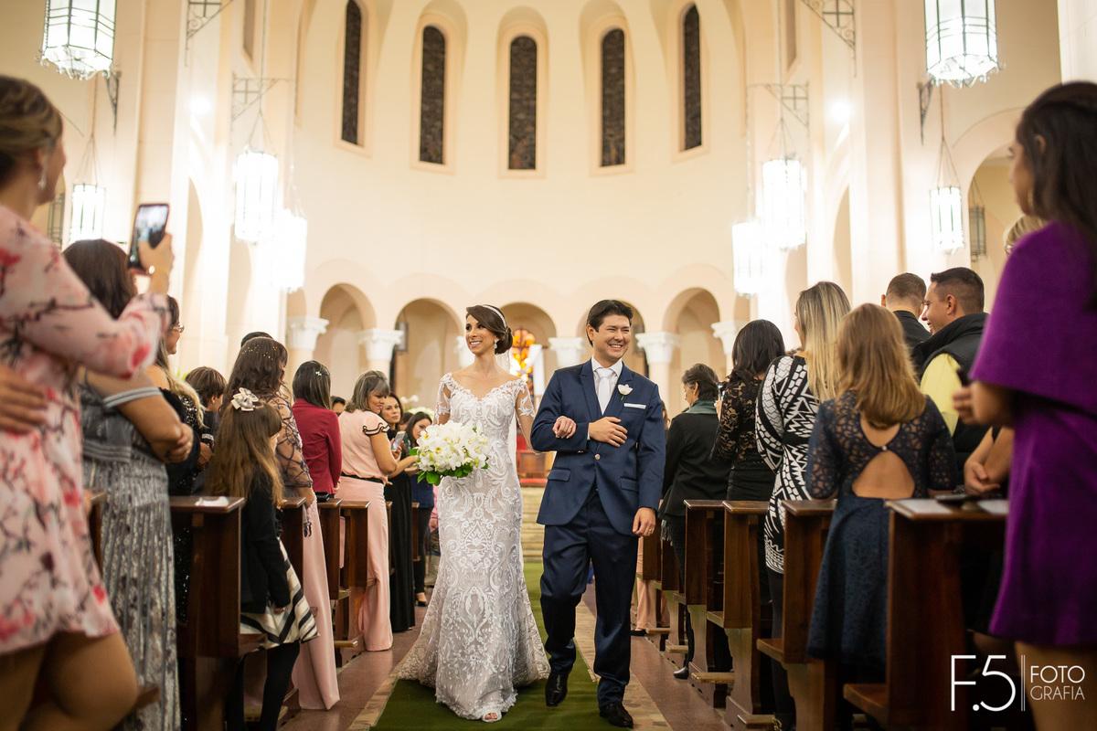 Imagem capa - Como organizar um casamento por F5 - Fotografia