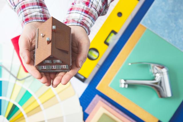 Imagem capa - 6 dicas úteis para planejar a reforma da sua casa! por Maíra Onofri