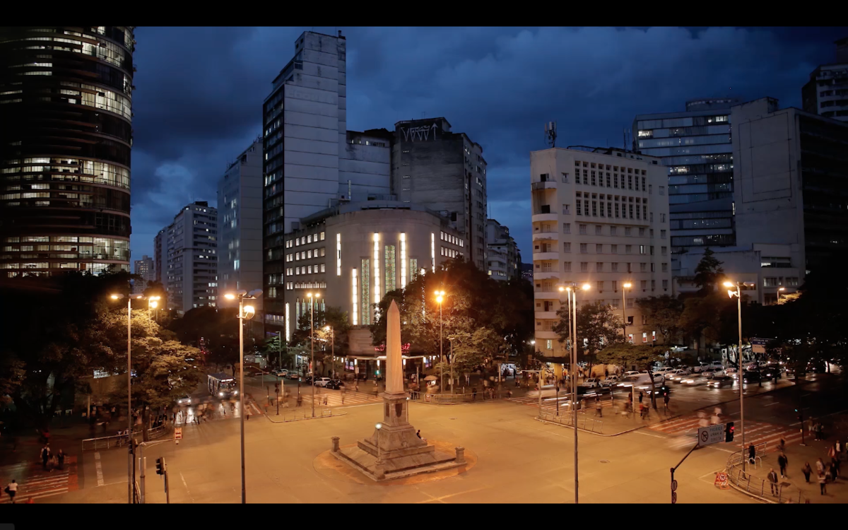 Imagem capa - Cine Theatro Brasil Vallourec - Vídeo Documentário por Maíra Onofri