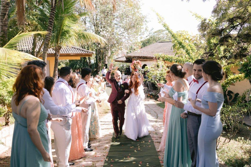 Imagem capa - Casamento em casa: uma opção linda e intimista para poucos convidados por Florearte Eventos