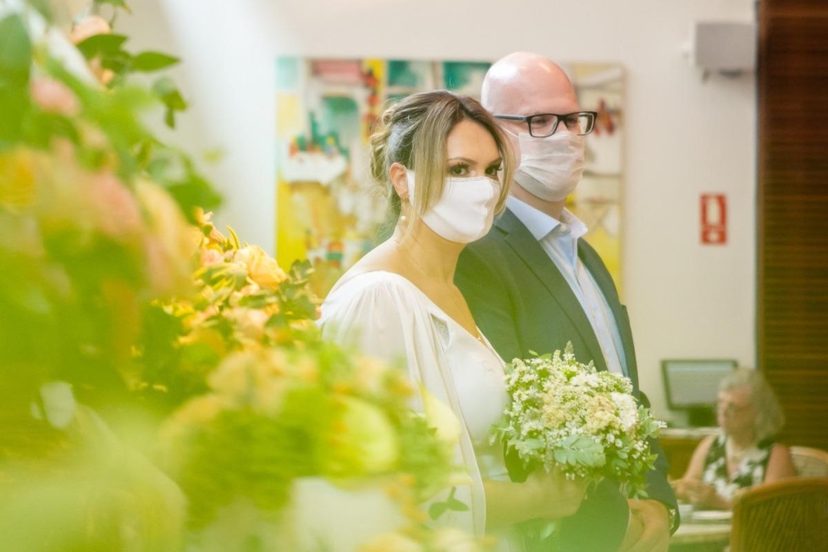 Imagem capa - Casamentos em tempos de pandemia: como continuamos a realizar sonhos durante as restrições da Covid 19 por Florearte Eventos