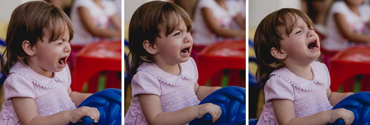 bruna chorando na festa do joao