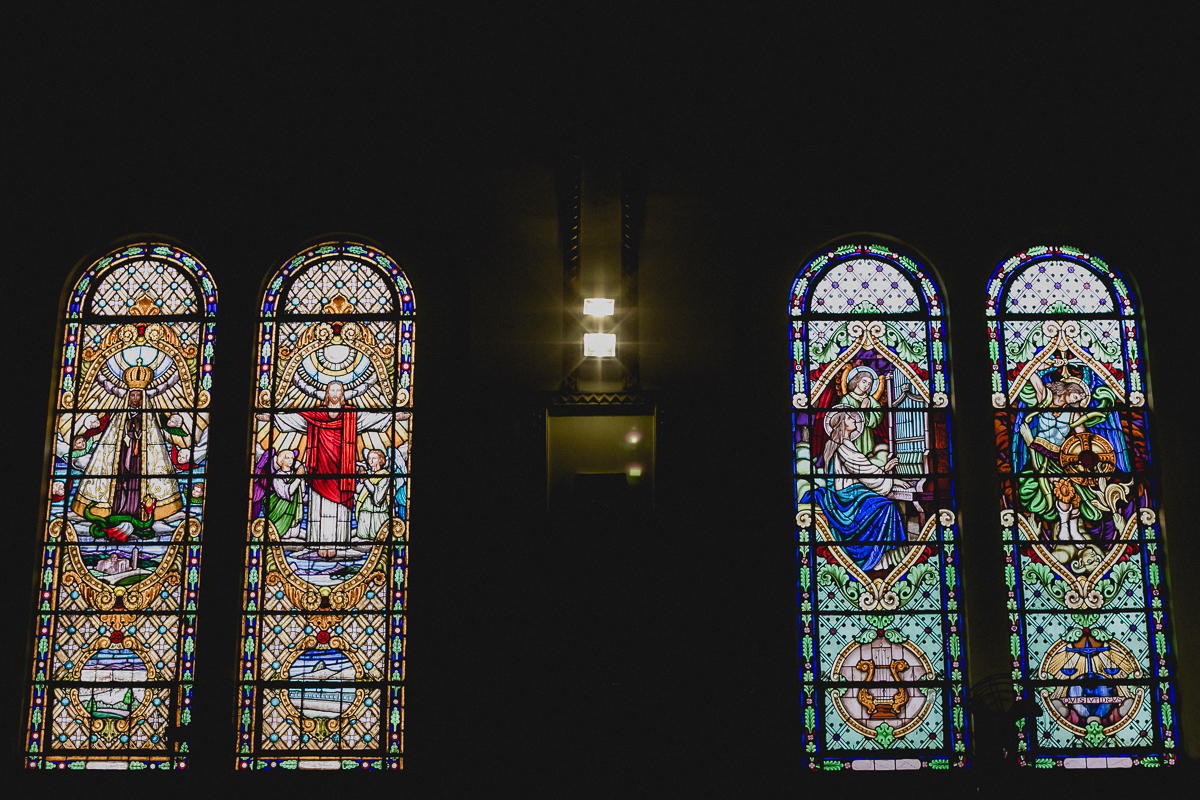 vidraças da paroquia sao jose da vila zelina