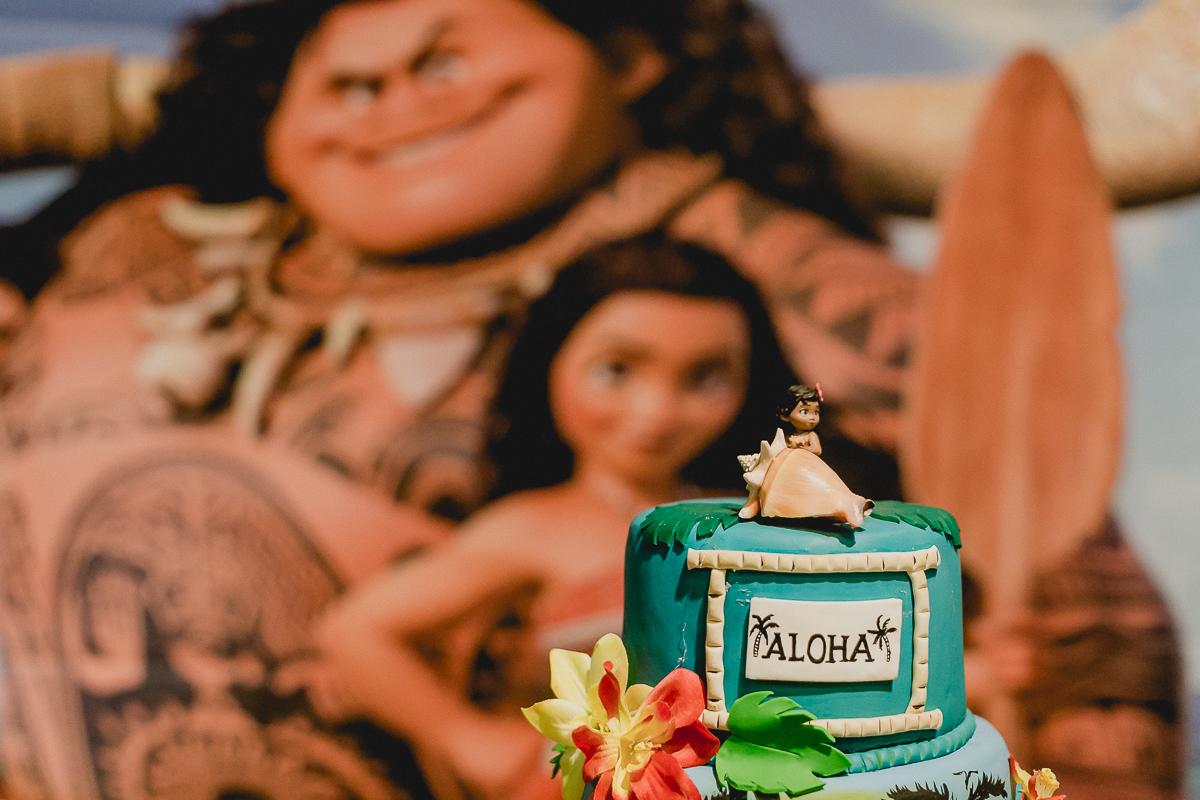 bolo decorado com o tema moana feito pela marcia colonese