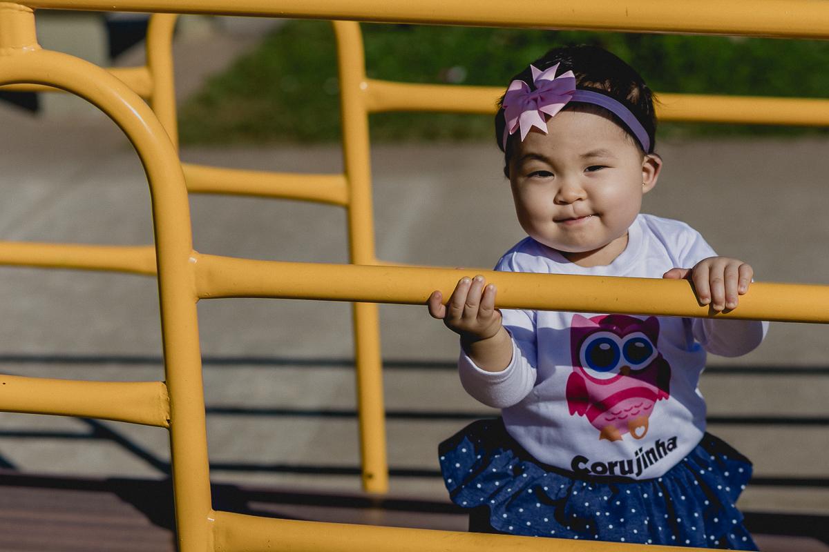 brincando no playground