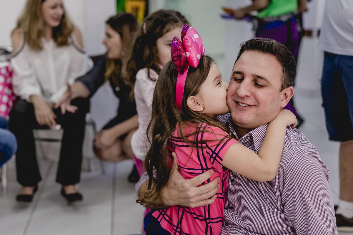 beijando o papai