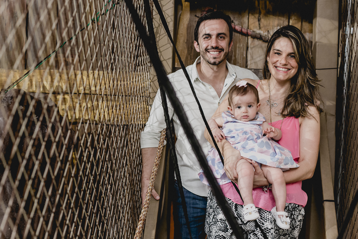 atravessando a ponte com a familia