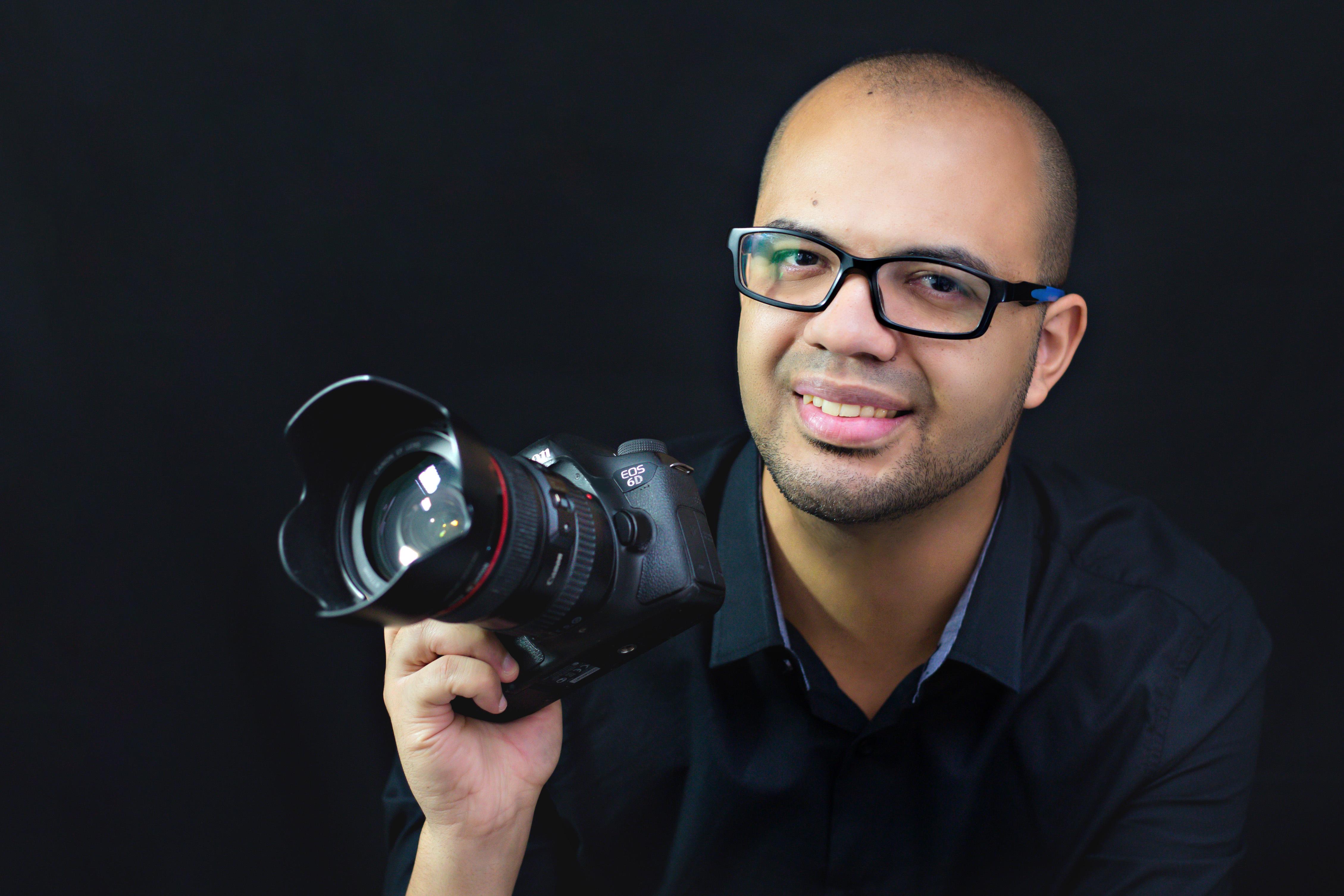 Sobre Alex Foto e Design - Fotógrafo de Aniversário e Casamento Civil em Barueri - Osasco e SP