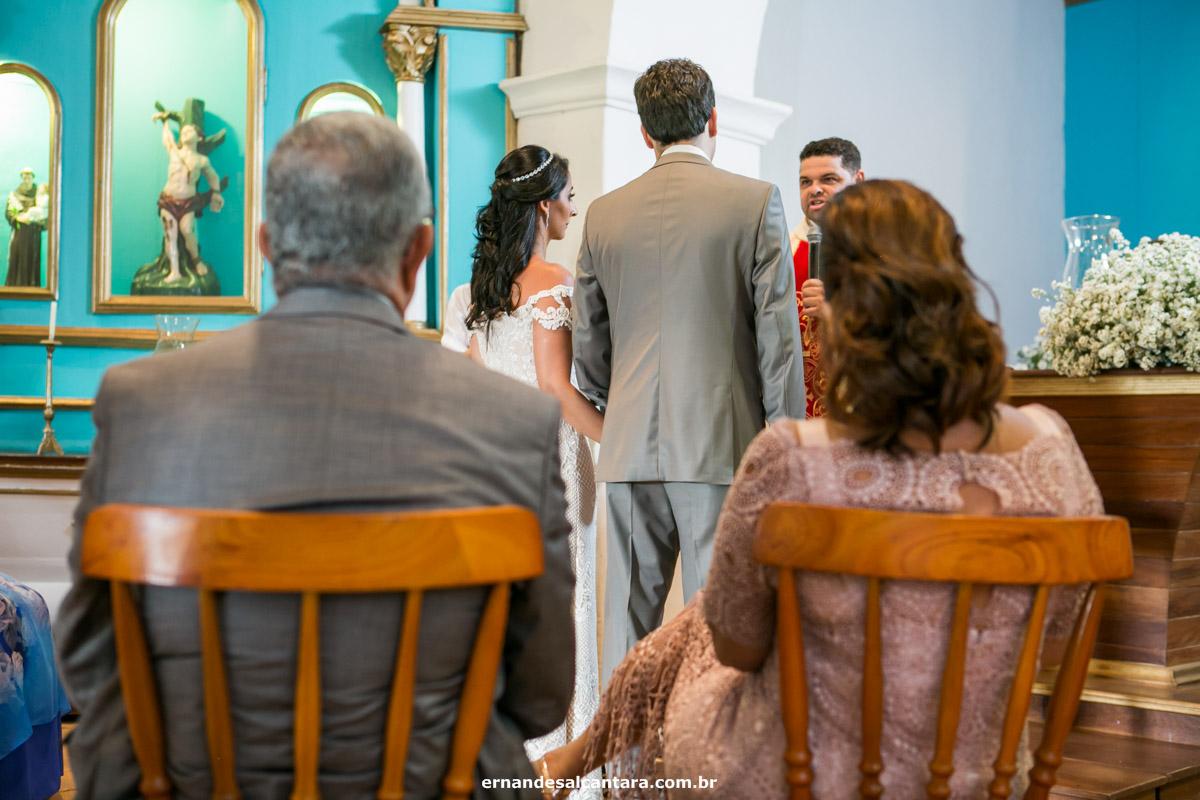 FOTOGRAFIA do casamento Karine e Edras clicada por ERNANDES ALCÂNTARA cerimônia na IGREJINHA DO QUADRADO com recepção no EL GORDO em TRABCOSO-BA