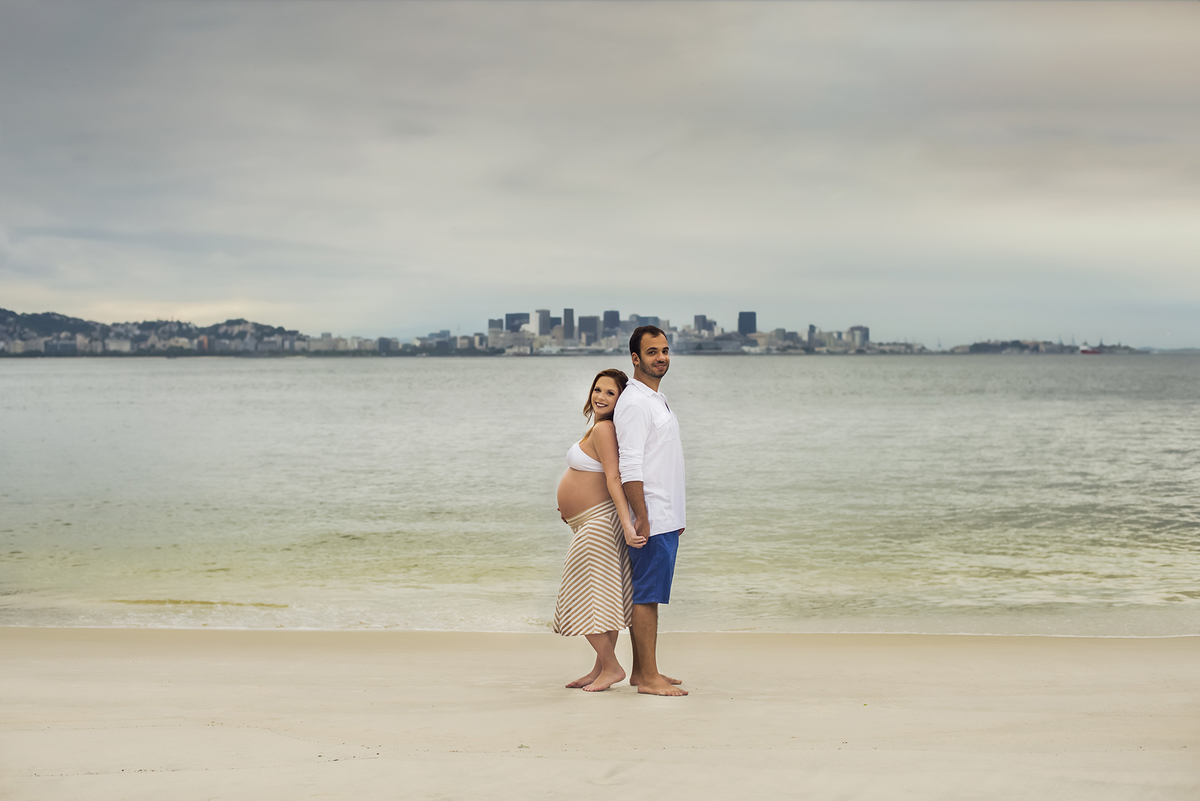 Ensaio fotográfico de gestante, ensaio de gravida, ensaio gestante externo, ensaio gestante em Niterói, ensaio gestante no Rio de Janeiro, nossa casa petit, ensaio fotográfico, sessão fotográfica, ensaio gestante praia Adão e Eva, ensaio gestante na praia