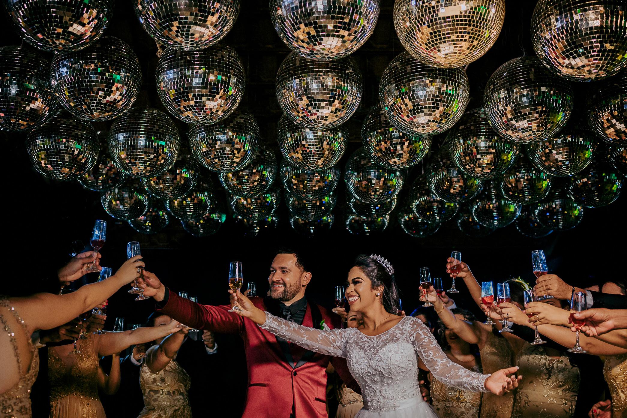 Contate Oliver Fotógrafos de Casamentos