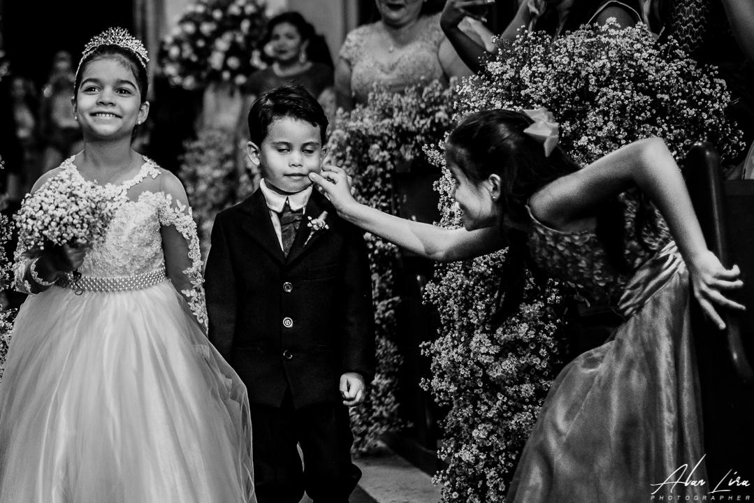 Imagem capa - Crianças sendo crianças por ALAN LIRA
