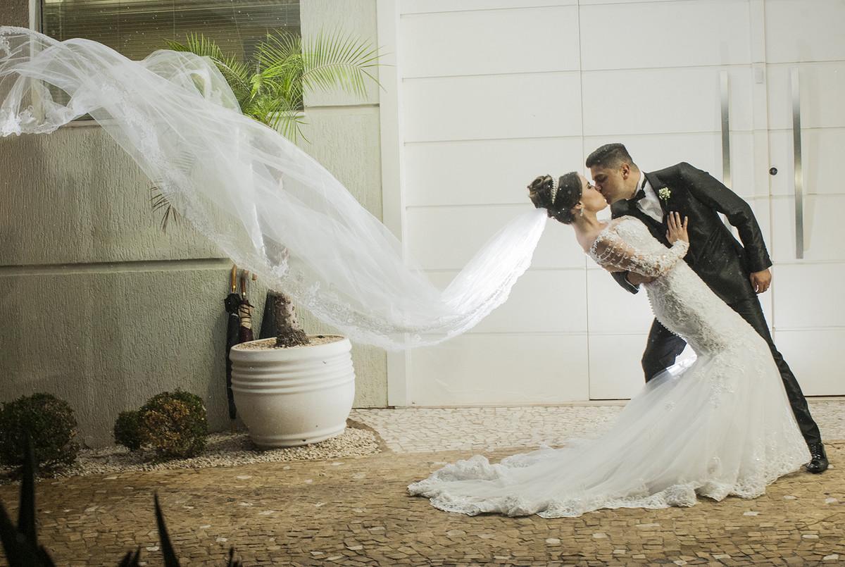 video-filmagem-filme-casamento-sao-paulo-americana-pamela-e-sergio-filme-de-casamento-basilica-santuario-santo-antonio-de-padua-espaco-imperial-americana-sp-