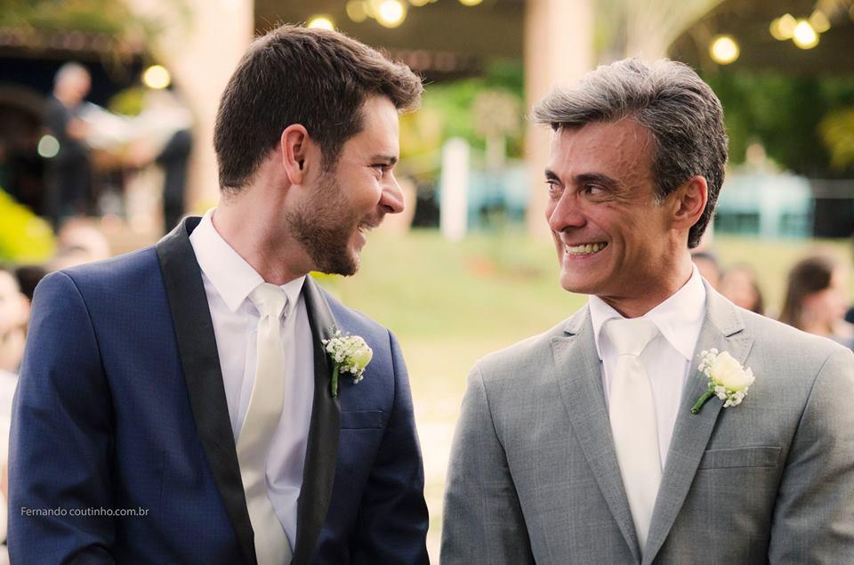 Imagem capa - Fotografia de Casamento Homoafetivo Enoque e Wellington por Fernando Coutinho Fotografia e Cinema