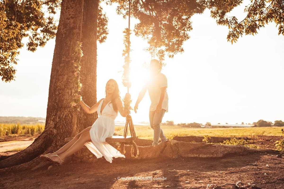 Imagem capa - Ensaio Pré Wedding: 7 ideias de onde usar as fotografias no seu casamento! por Graduate Eventos
