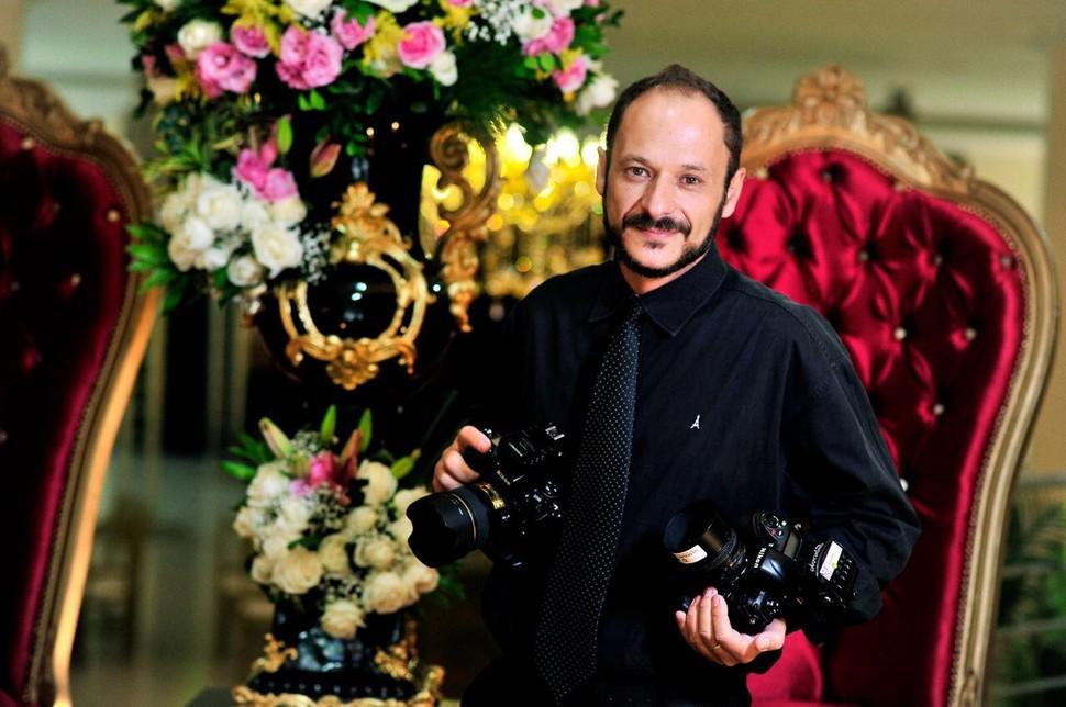 Sobre Luiz Crosara,Corporativo,Fotógrafo Uberlândia, Retratos, Arquitetura, Moda, Intitucional