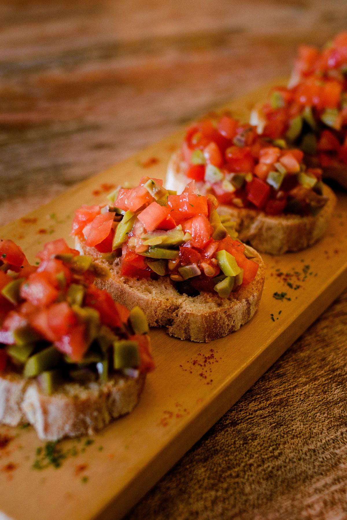 Imagem capa - Food photos and the dilemma of being niched on social media por Joanna Pantigoso