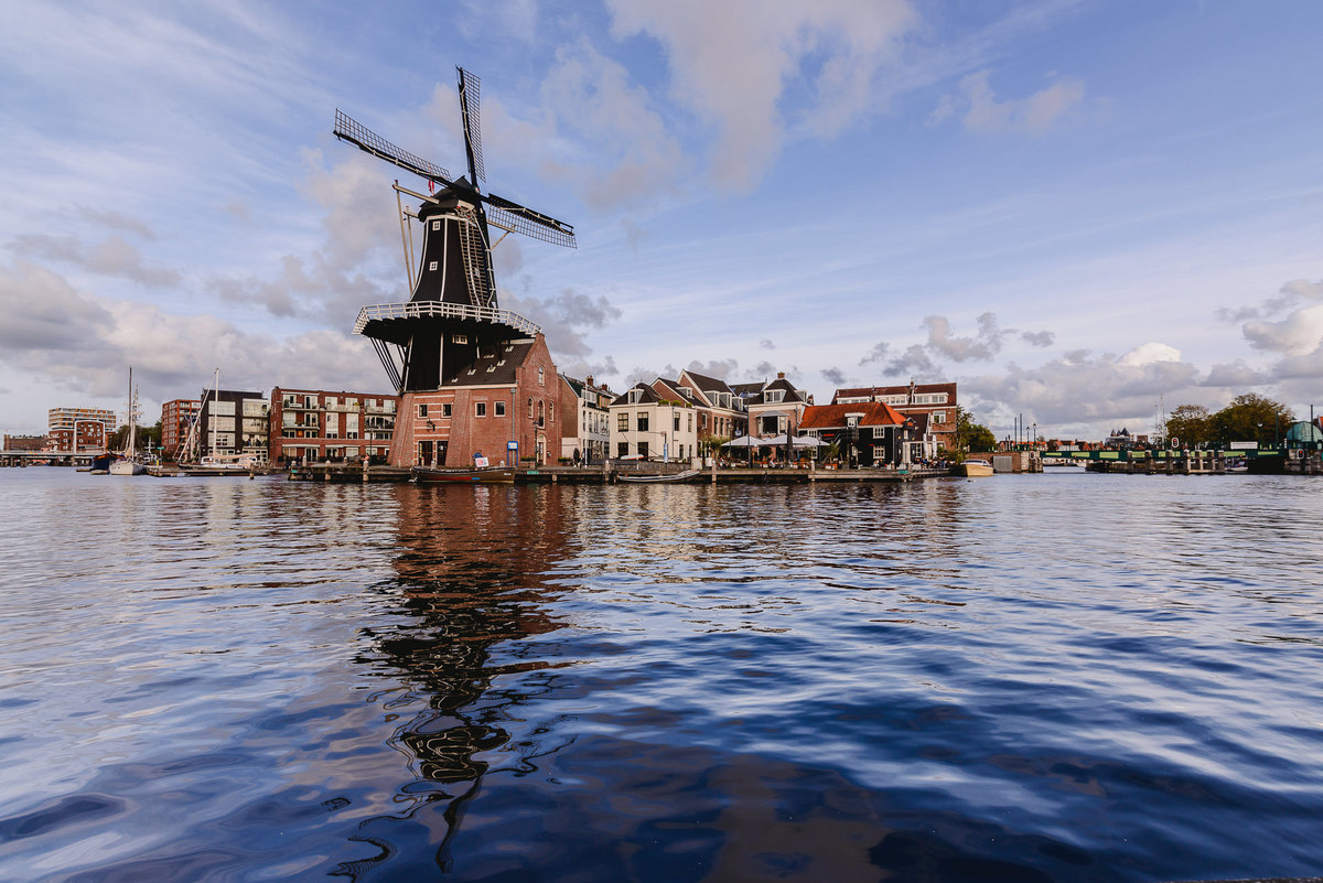 Imagem capa - Haarlem - A fast visit to a great city 15 minutes in train from Amsterdam por Joanna Pantigoso