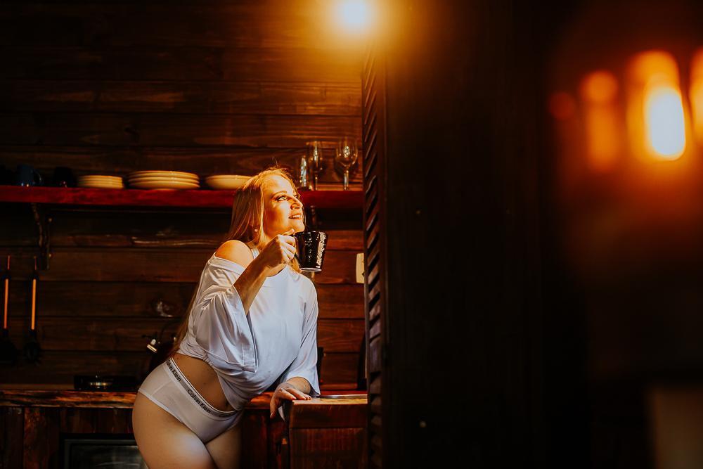 Imagem capa - Ensaio Feminino  por Volnei de Souza