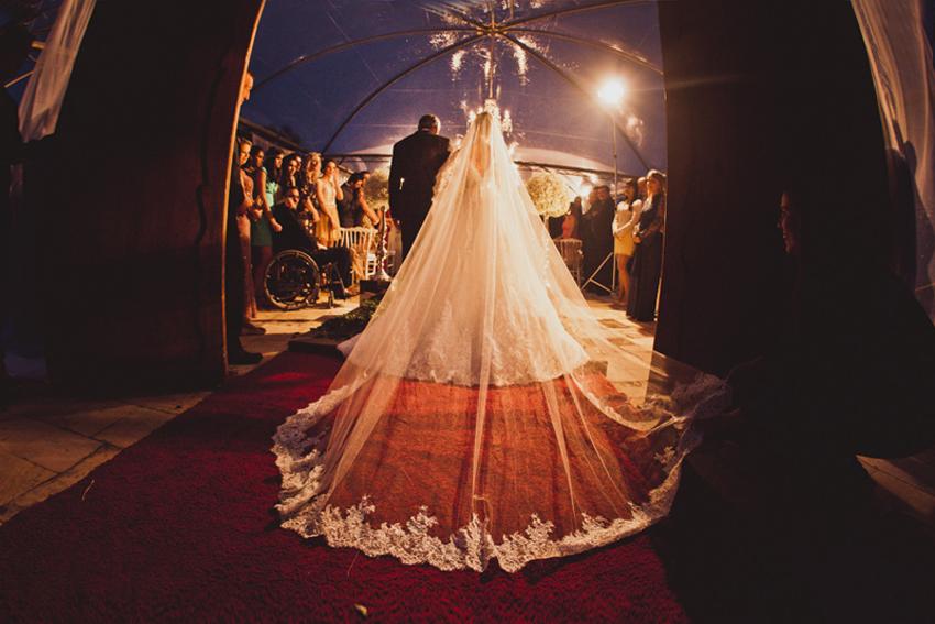 Imagem capa - Contratar um promoter para o casamento sim ou não? por Renan Baschirotto Vieira