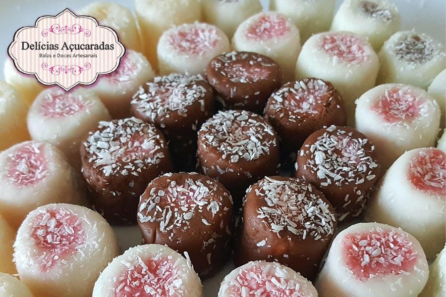 Imagem capa - Delicias Açucaradas - Balas de Coco Gourmet por Casa Fróes