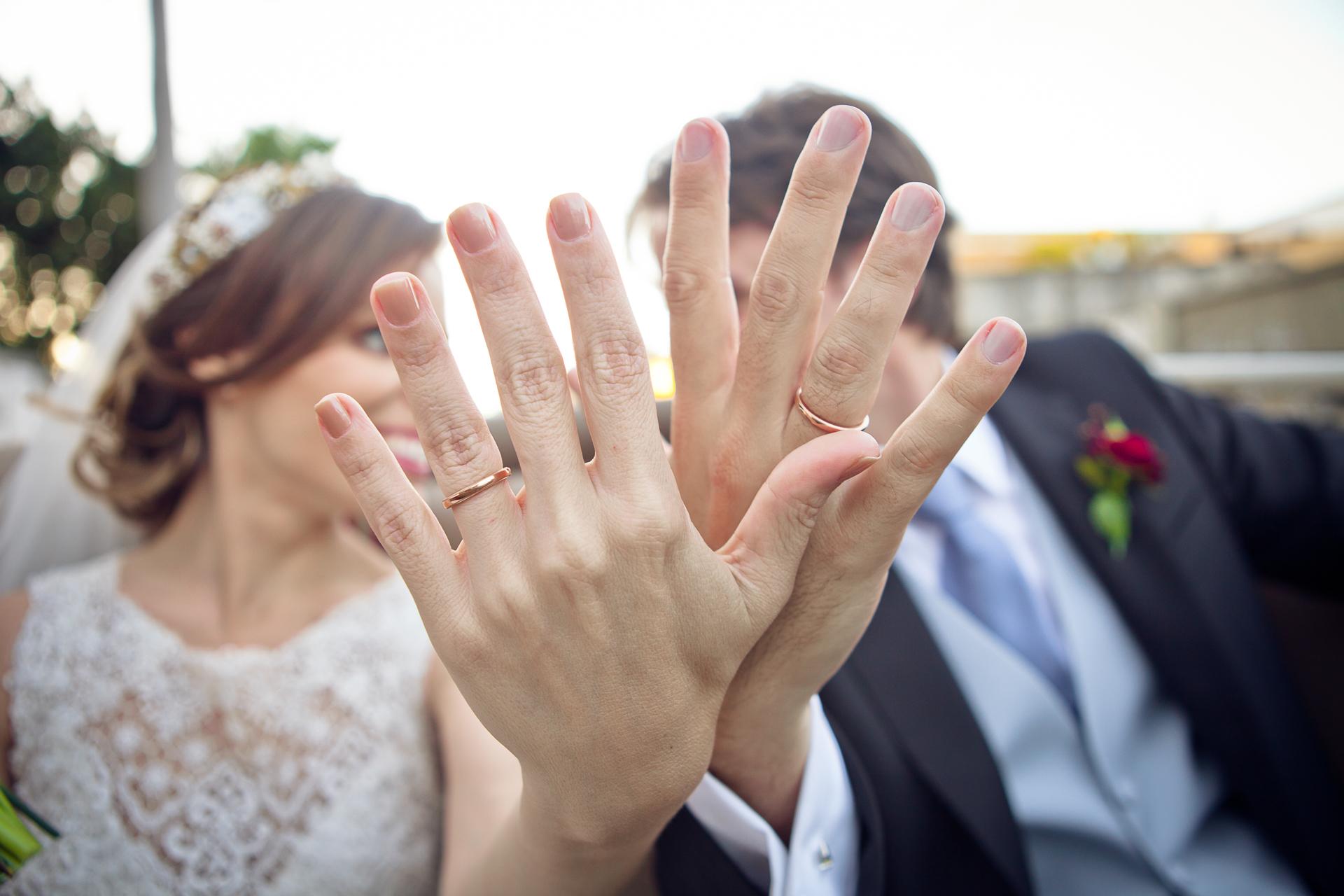 Contate Carol Salgado Imagens - Fotografia de Casamento - (31) 98409-2258