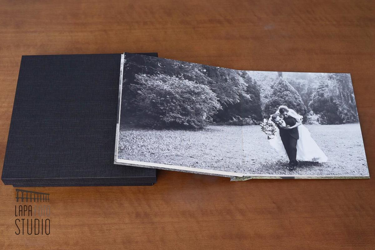 Imagem capa - 10 Fotos Que Não Podem Faltar no Seu Álbum de Casamento por Lapa Foto Studio