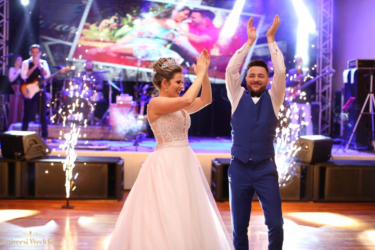 Imagem capa - Lista de 10 dicas para fazer a diferença em suas fotos de casamento! por Universi Wedding Photo & Vídeo