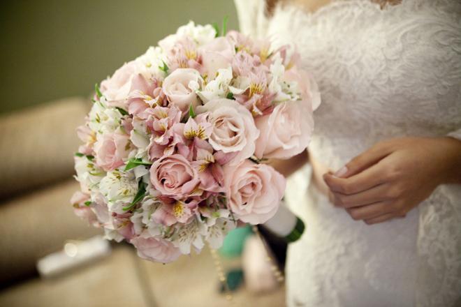 Imagem capa - Como escolher o Bouquet de Casamento? por Universi Wedding Photo & Vídeo