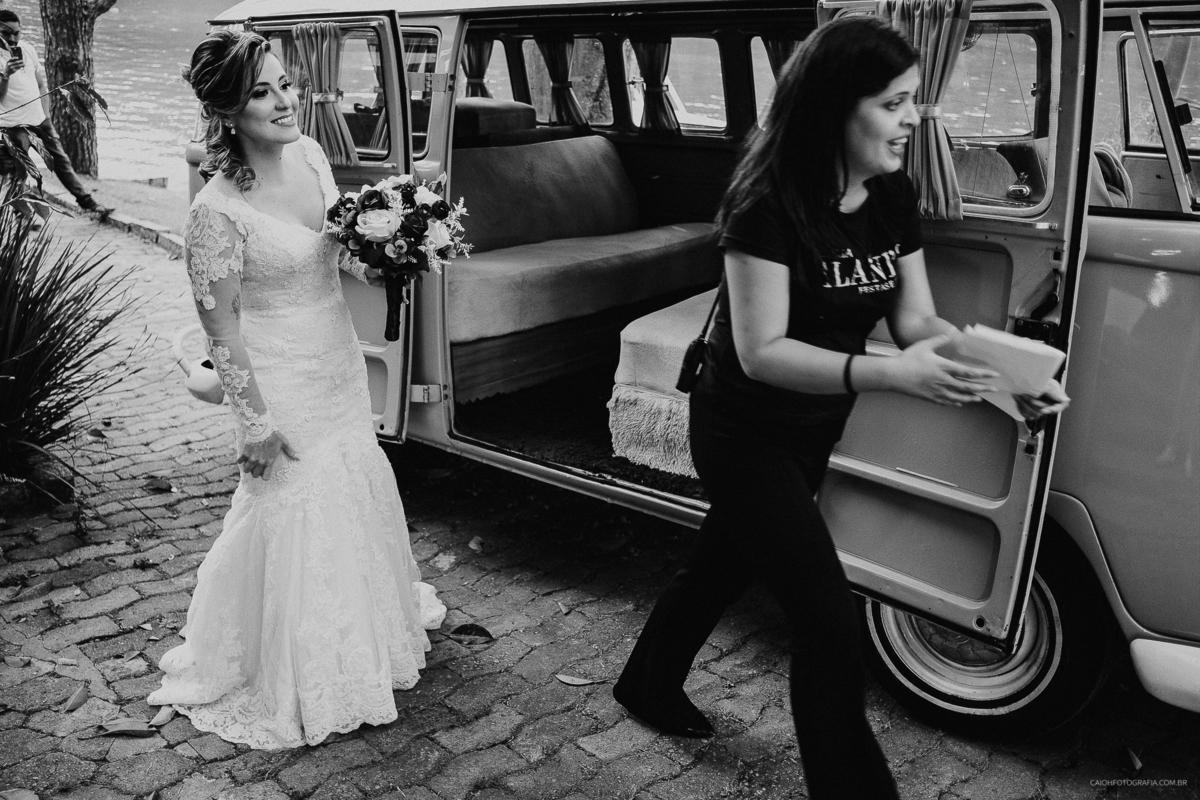 cerimonia ao ar livre entrada da noiva vestido de noiva assessoria de casamento fotos por caio henrique