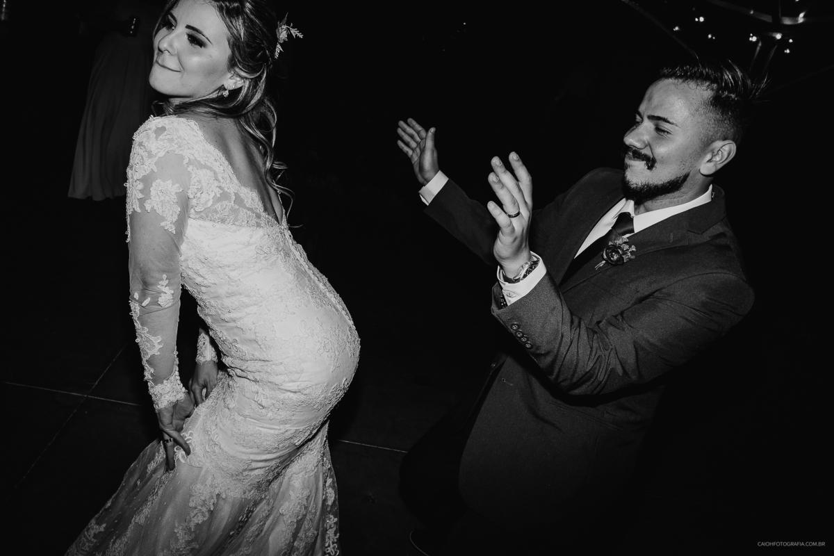 noivos na balada casamento de noite festa de casamento  fotografia documental fotografos de casamento em sao paulo zona leste
