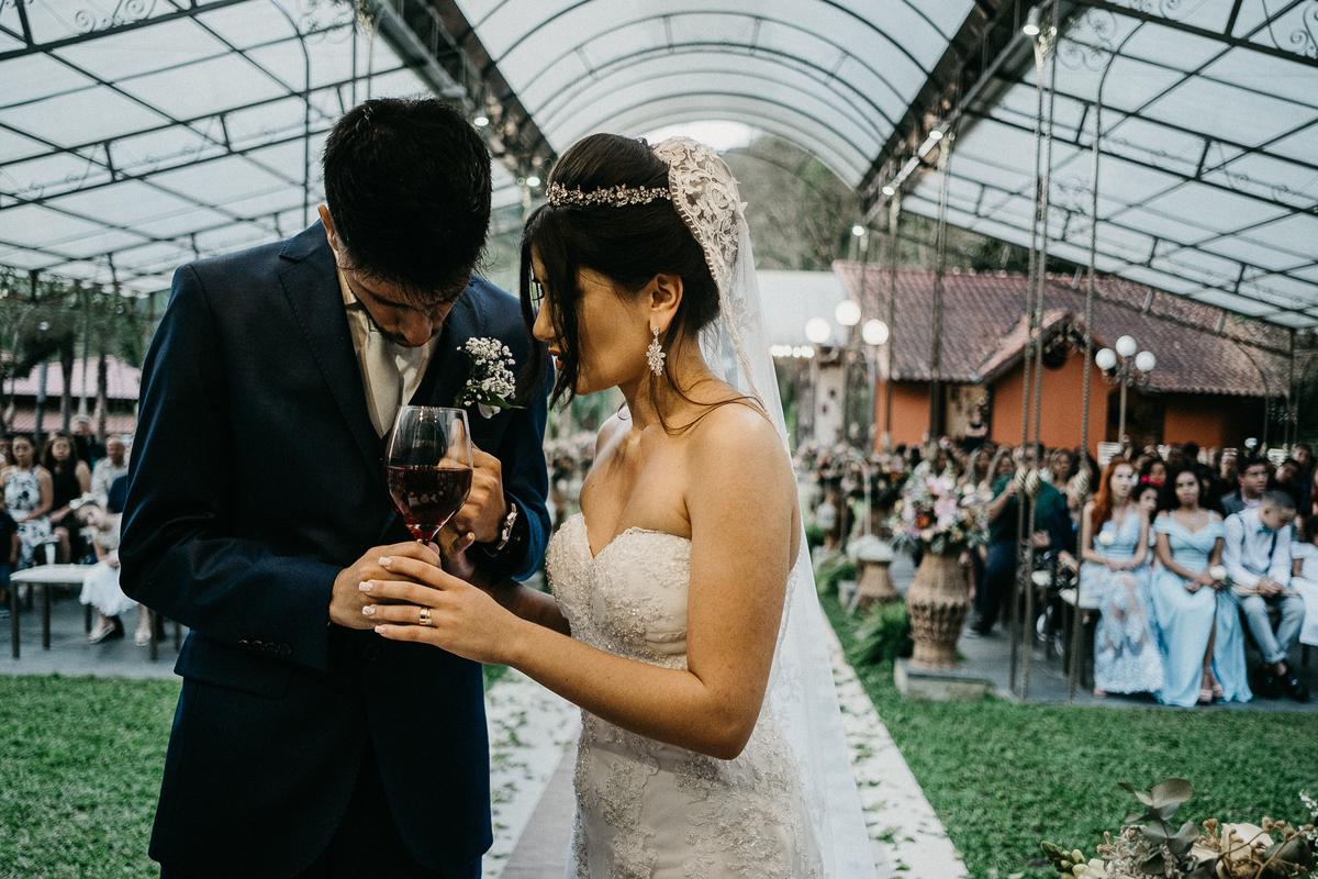 hora das aliancas casamento de dia fotografos de sao paulo mairipora fotografia artesanal oracao com os pais