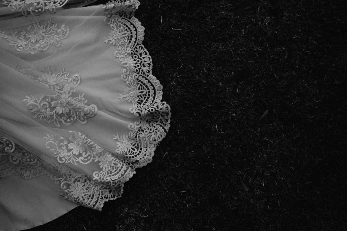 casamento religioso casal cristao fotografia de casamento casar no campo cerimonia ao ar livre fotografos de casamento sao paulo mogi das cruzes  vestido de noiva